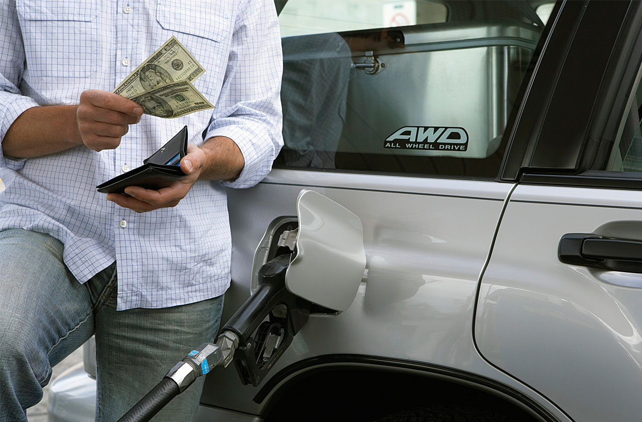 8 Fuel Saving Tips for Commuters